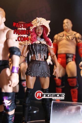 Upcoming Diva Wrestling Figures [Elite Kelly, Alicia Fox, Beth Phoenix, AJ, Miss Elizabeth] Comic_con_2012_pic101